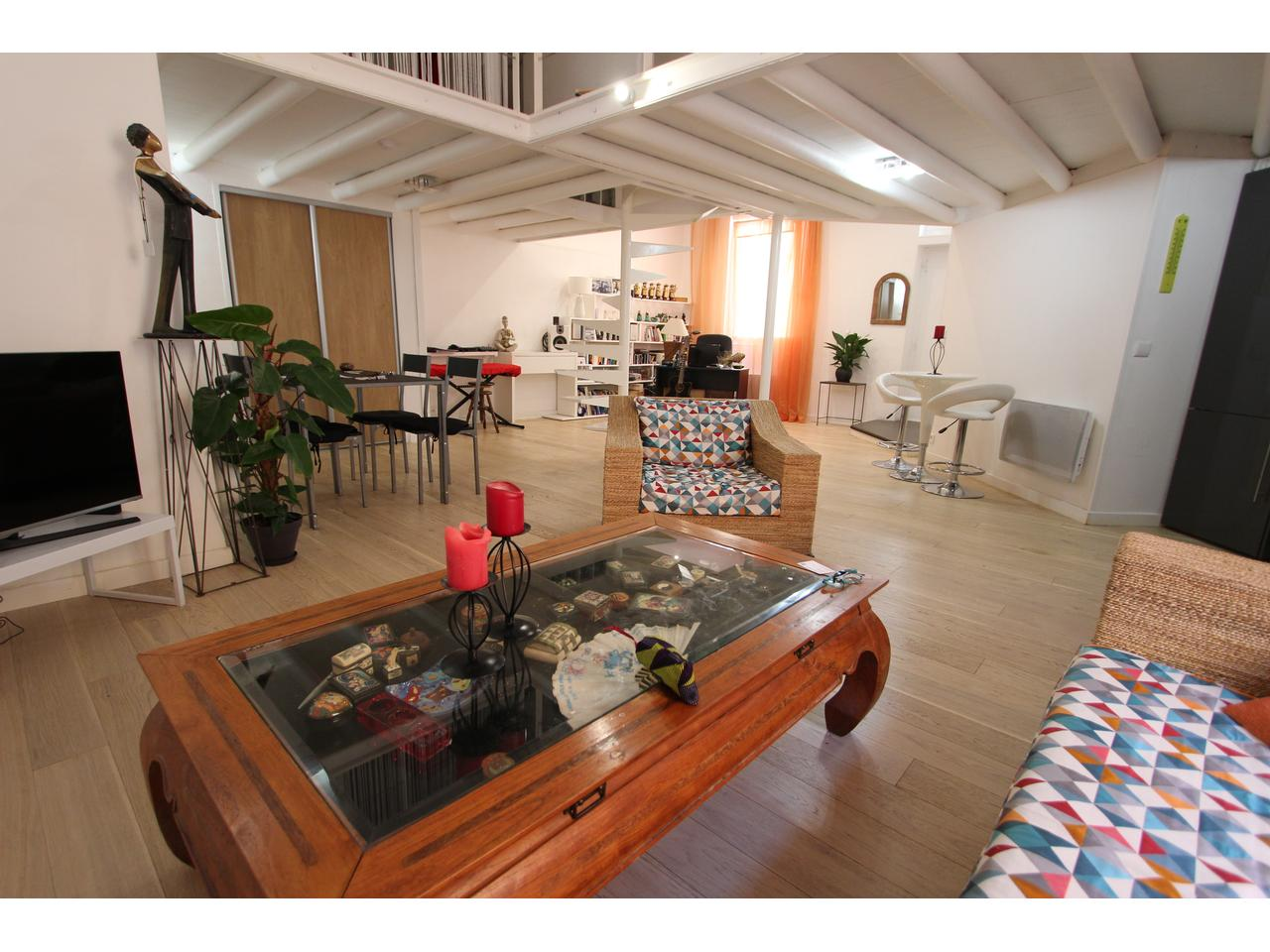 loft vieille ville ANTIBES EXCLUSIVITE 298 000 005.JPG