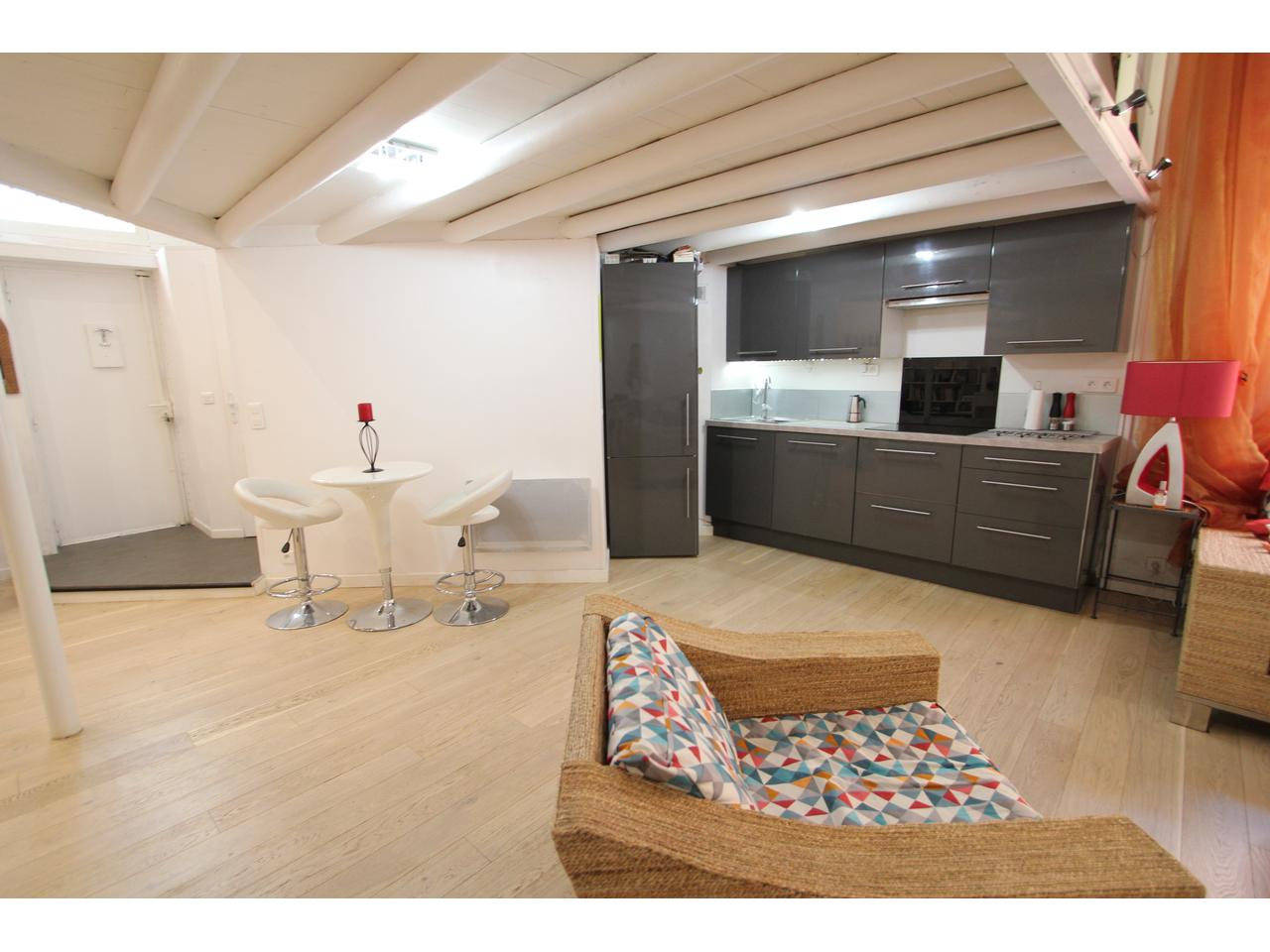 loft vieille ville ANTIBES EXCLUSIVITE 298 000 011.JPG